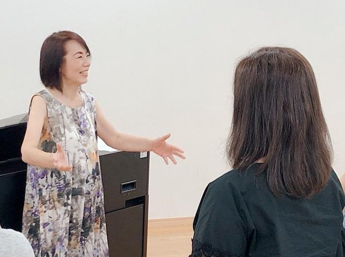 新潟の人気 歌のレッスン・ボイトレ教室 長岡の樋熊依子ボイストレーニング教室の様子